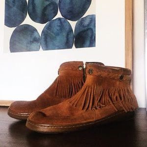 MINNETONKA Moccasin Ankle Boot Suede Booties 8
